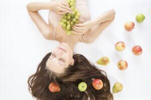 Giải mã vì sao những thành phần dưỡng da thiên nhiên có lợi hơn cho làn da của bạn | Mỹ phẩm Caryophy